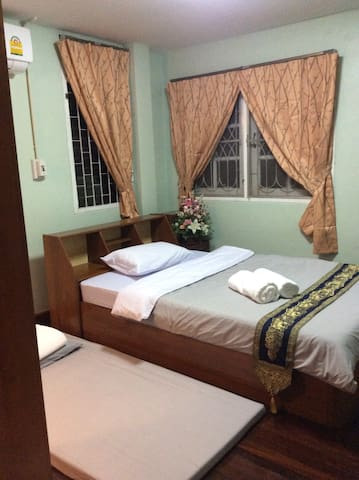 Budget Room2 at Wawaplace - Tambon Nai Wiang - 獨棟