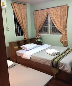 Budget Room2 at Wawaplace - Tambon Nai Wiang - Huis