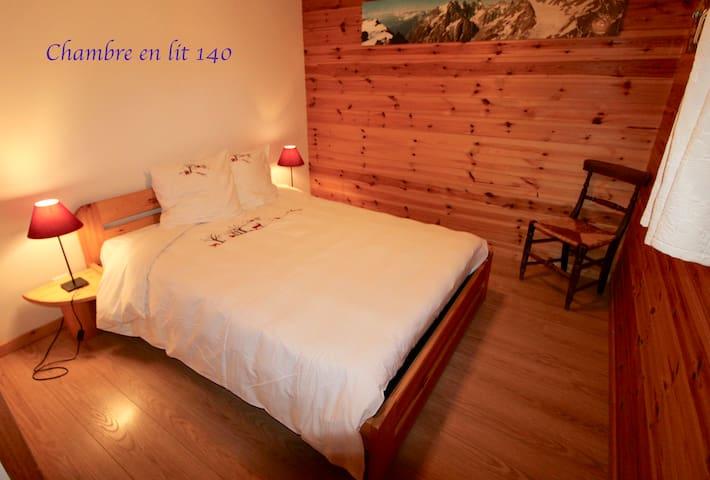 Chambre en lit 140