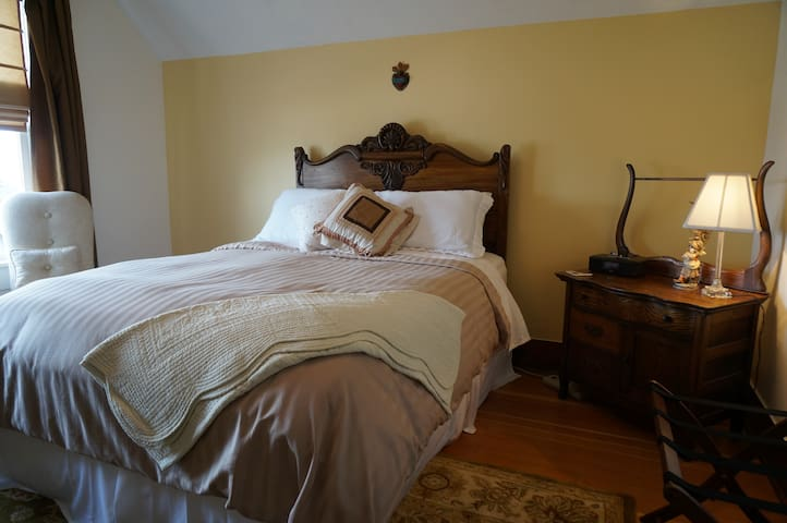 Luxury Mountain View Suite / Full Breakfast Incl. - The Dalles - Bed & Breakfast