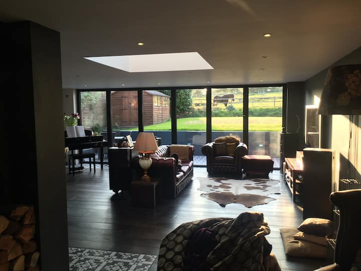 Executive country pad 12 mins from central MK