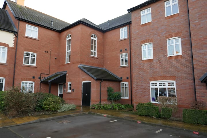 Family Friendly apartment in Nantwich with Free Wifi & Netflix