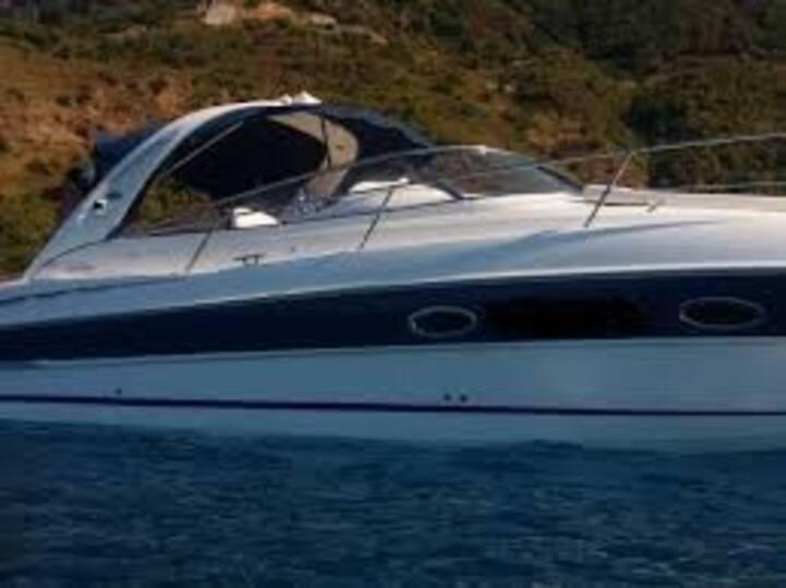 Navega por Ibiza