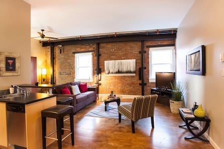 Downtown Heritage Studio - Victoria - Wohnung
