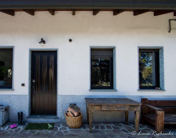 casa con giardino vicino stazione - Busto Arsizio - Villa