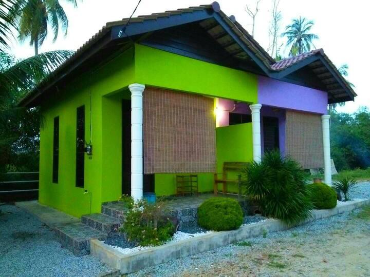D'Village Chalet (Hijau) Marang Terengganu