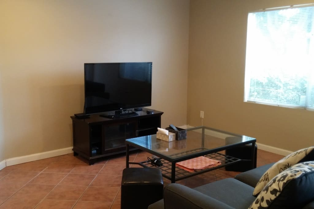 Rooms For Rent Near Irvine Valley College