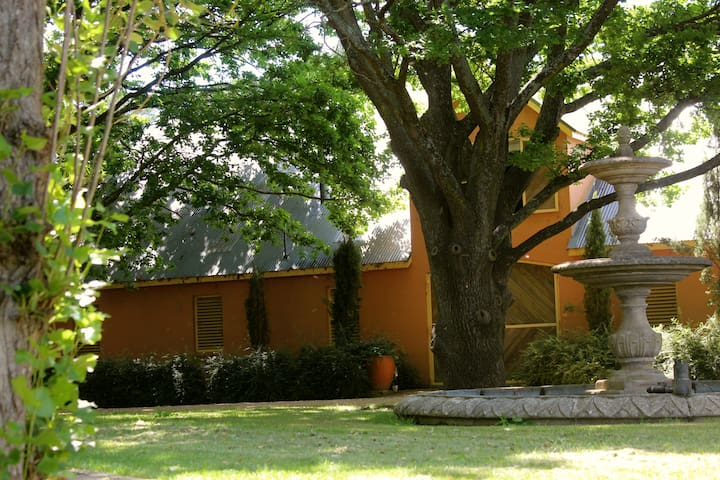 Mona Farm and Historic Home - Braidwood