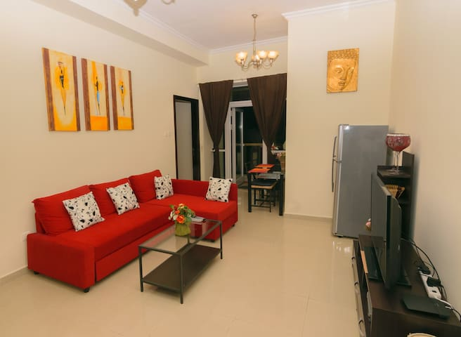 Lovely Dubai 1 Bedroom apt in JLT near subway metr