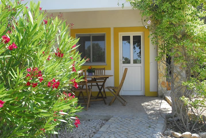 """O Serro"" - Charming little cottage near Tavira - Santo Estevão - Ev"