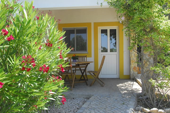 """O Serro"" - Charming little cottage near Tavira"