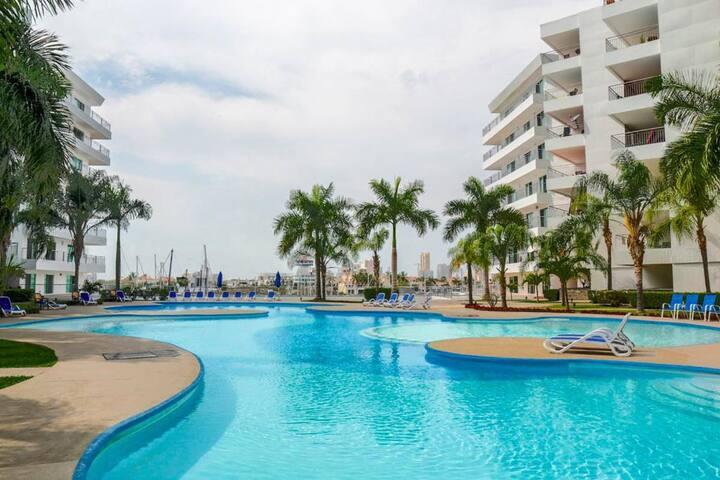 Beautiful and cozy condo at Marina Mazatlán