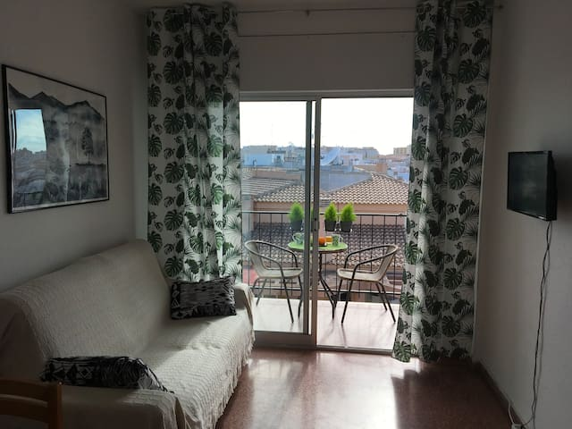 Квартира студия с видом на город и море,Torrevieja