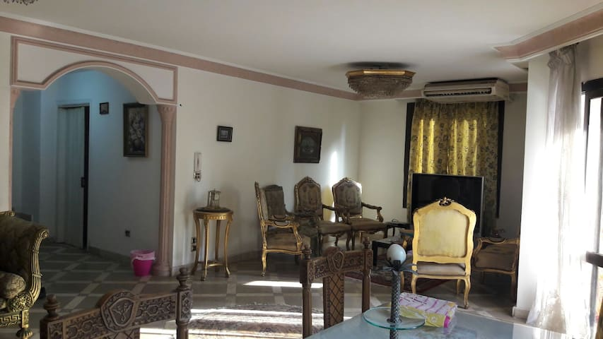 Your classic apartment in maadi