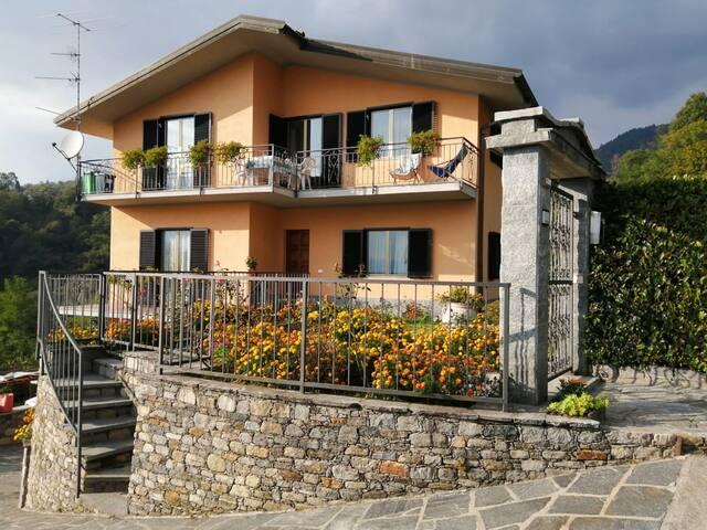appartamento sulla collina del Lago Maggiore