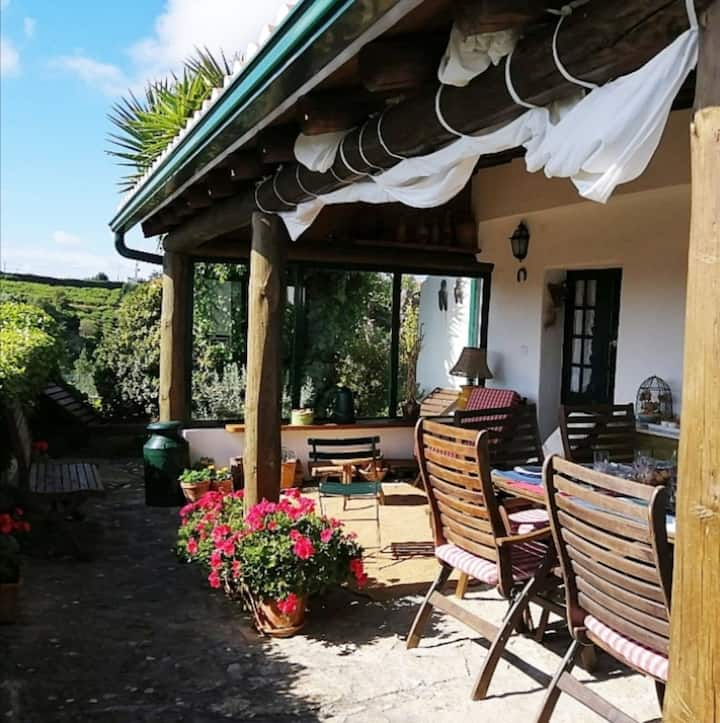 Cosy countryside cottage 7km  Ericeira's beaches