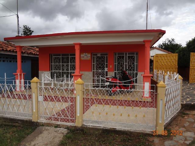 Casa Maribel y Carlito - Alojamiento Completo