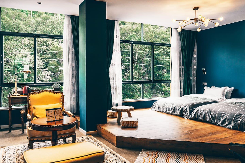 4号山景-双床房,慕斯床垫、纯木家具、蓝牙音响、精美灯具、高级卫浴......