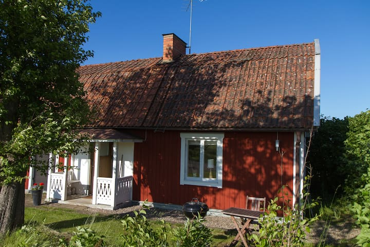 Cosy cottage -countryside Linköping