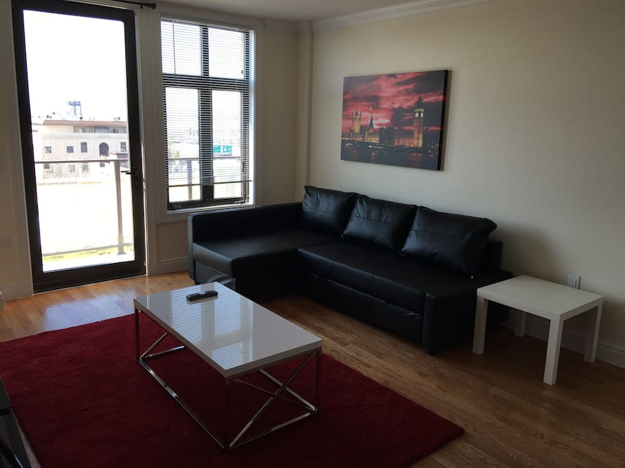 Luxurious 1 bedroom caprice apartments for rent in for 1 bedroom apartments in jersey city