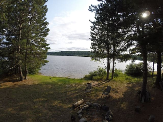 Madawaska River Retreat - Barry's Bay - Vakantiewoning