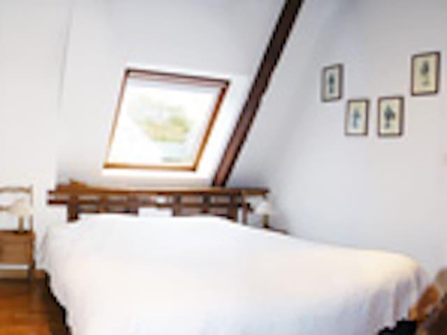"Chambre ""Tristan et Iseult"" - Ploemel - ที่พักพร้อมอาหารเช้า"