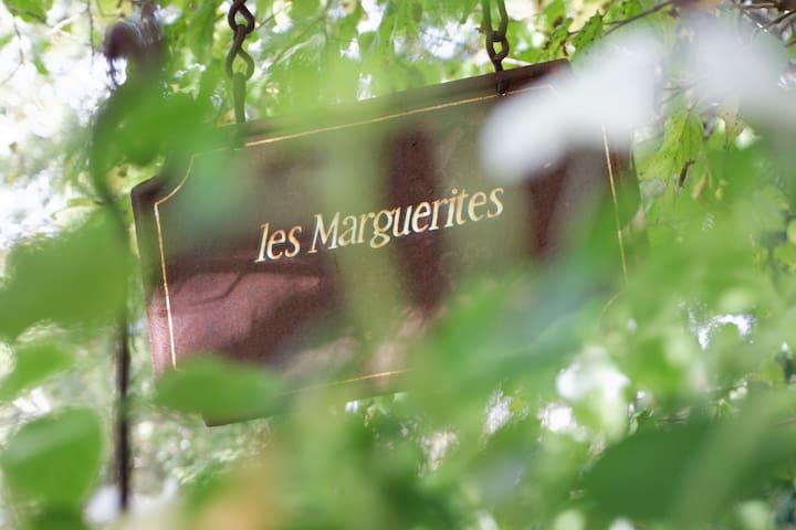 Wellness gite 'les Marguerites' - Bouillac - Cabaña