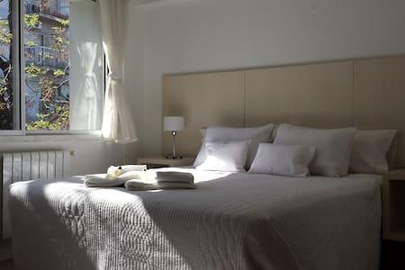 HABITACION BLANCA en Palermo Soho! - Buenos Aires - Bed & Breakfast
