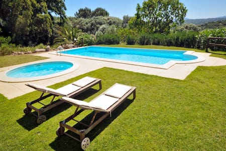 Private Villa, Pool & Gardens - Bassacutena