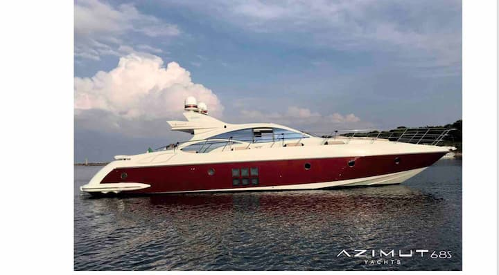 An Azimut 68 for your holiday in Capri/Amalficoast