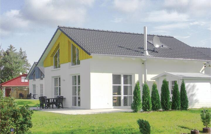 Holiday cottage with 2 bedrooms on 95m² in Süssau/Ostsee