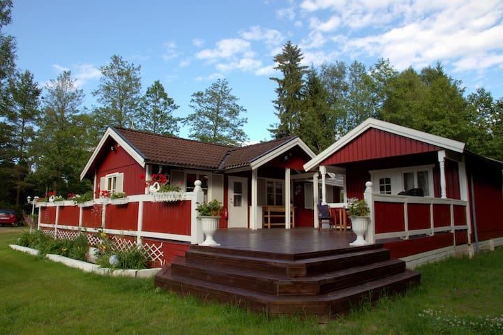 Charmig stuga i Roslagen (Bergshamra)