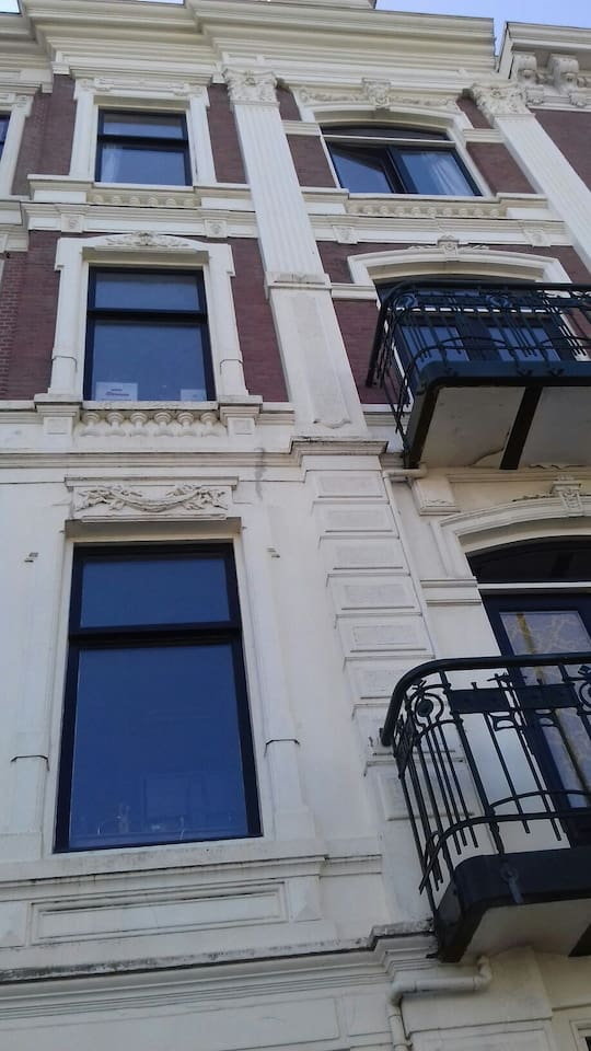 Magnificent Dutch House at the river Maas front.