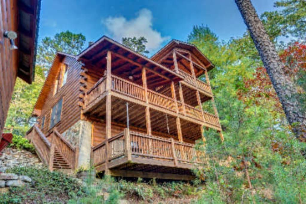 Glass Lodge Blue Ridge Ga : Beautiful clean cabin w great mountain views cottages