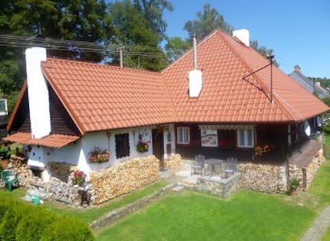 Cabaña tradicional Šumava Lenora
