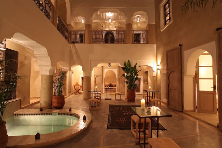 Riad Dar ten Marrakech, BB, jacuzzi - Marrakech - Pousada