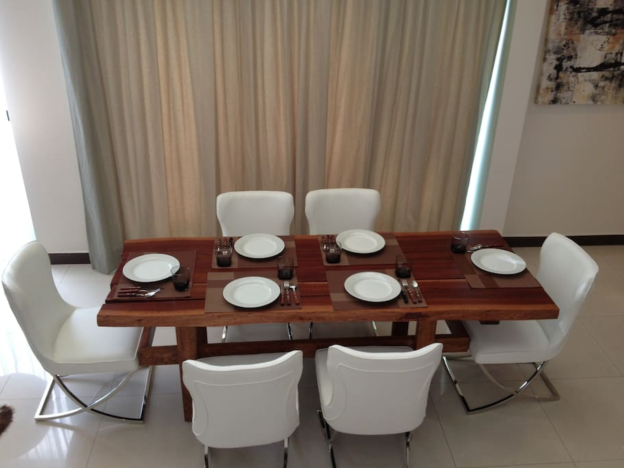 Great dining room to have great time with family and friends ,,,,,,,