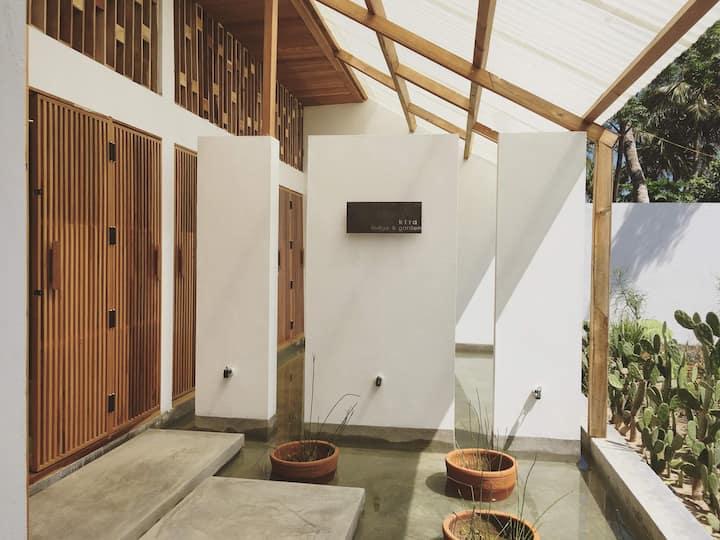 kira - lodge & garden