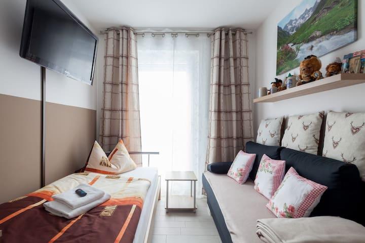 Schönes Zimmer für 1 oder 2 Pers.
