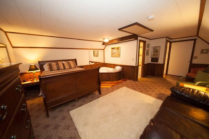 Eagle's Nest Suite