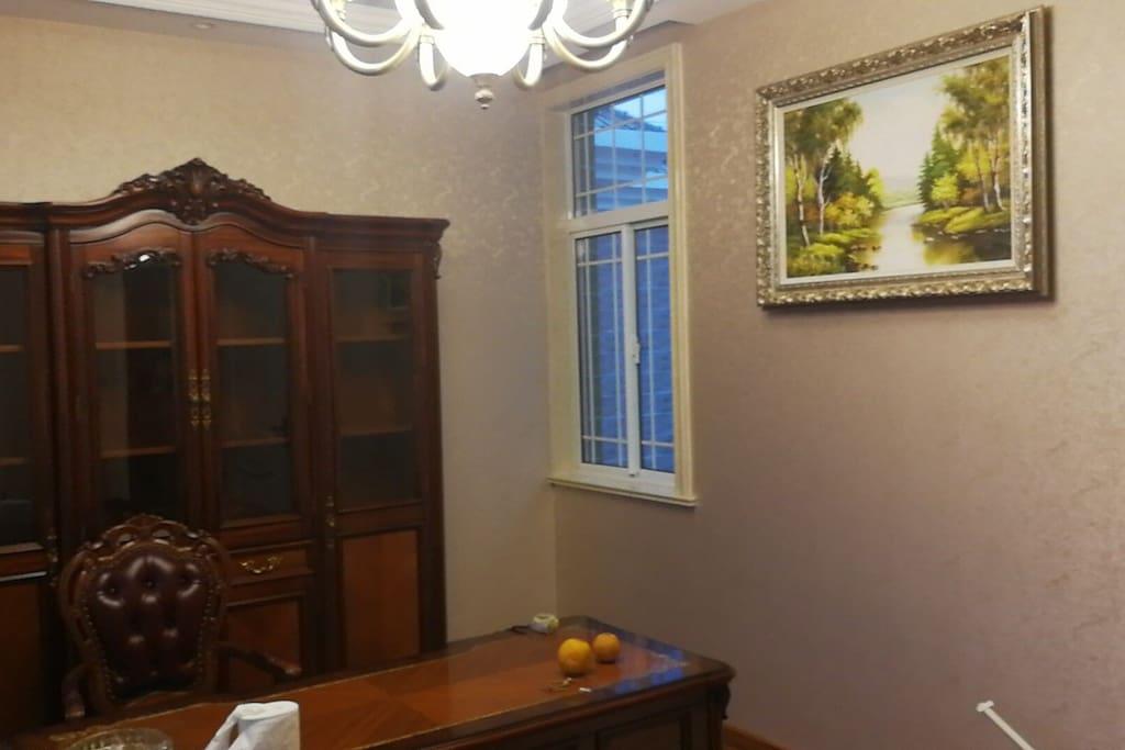 雅致的欧式书房