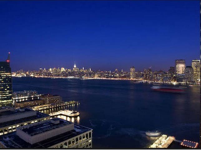 Stunning view 5min to Manhattan Personal Apartment - Jersey City - Appartement