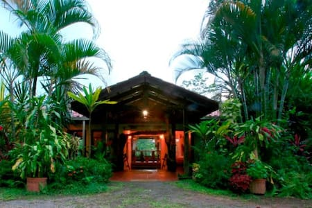 Magical Tropical Fantasy - Room 5 - La Fortuna - Dom