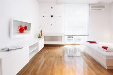 White Cherry Lux Studio - Beograd - Huoneisto