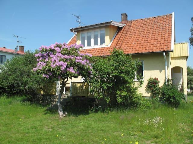 Charmigt hus i Arild