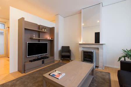 Full-equiped apt in heart of Bruges - Lakás