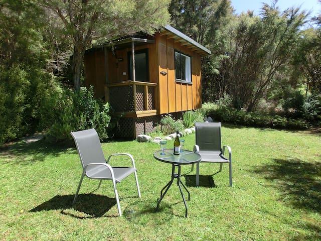 TauhouCabin,AoMarama Eco Retreat. - Collingwood
