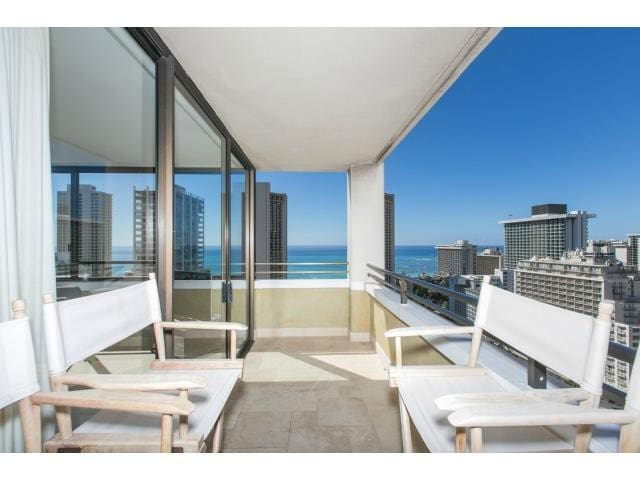1 BR with Ocean View & Free Parking - Honolulu - Wohnung