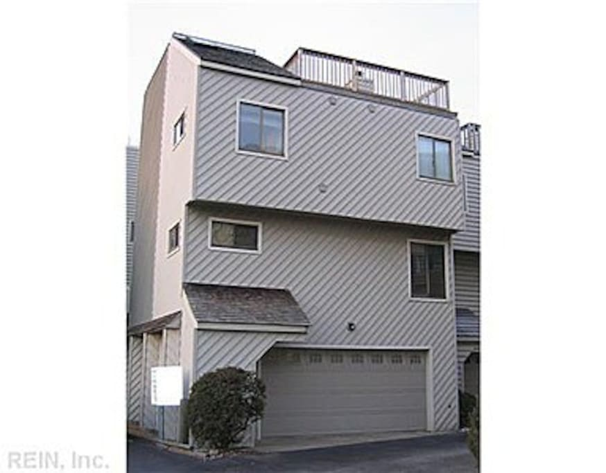 2 car garage with large deck on 4th floor.