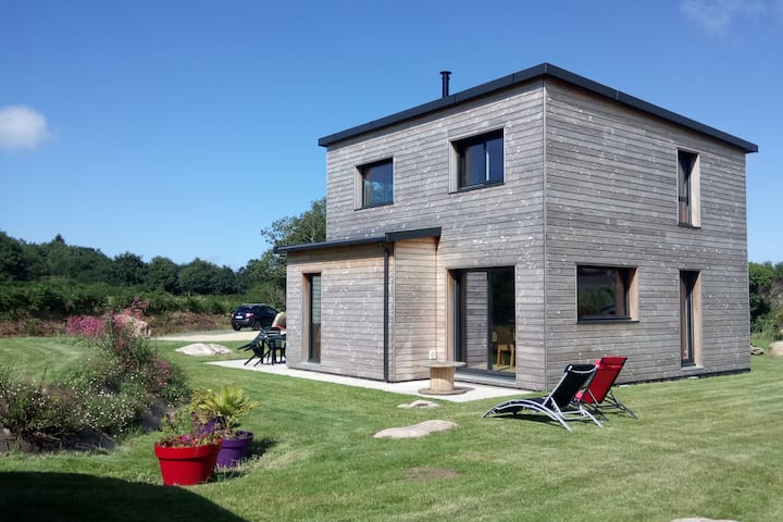 Maison sur la Côte de Granit Rose
